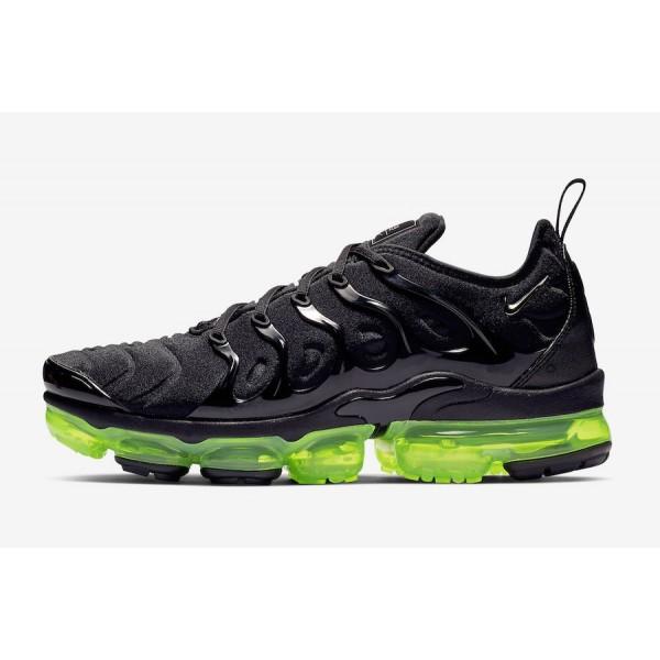 Nike Air VaporMax Plus Noir Argent Volt Chaussures...