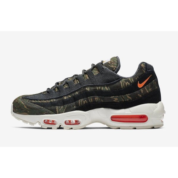 Carhartt WIP x Nike Air Max 95 Noir Orange Chaussu...