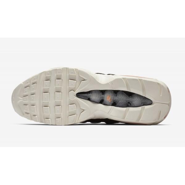 Carhartt WIP x Nike Air Max 95 Noir Orange Chaussures AV3866-001