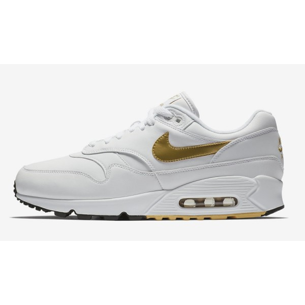 Nike Air Max 90/1 Blanche Metallic Gold Chaussures...
