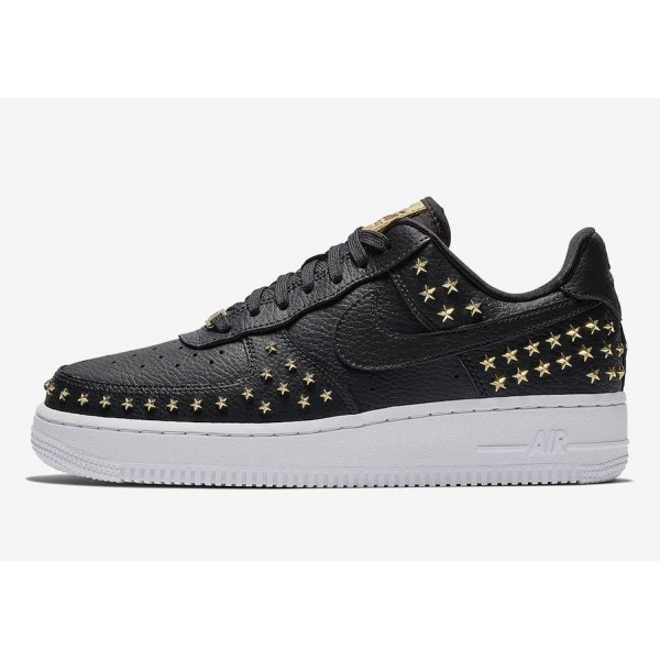 Nike Air Force 1 Low Noir Metallic Gold Chaussures...