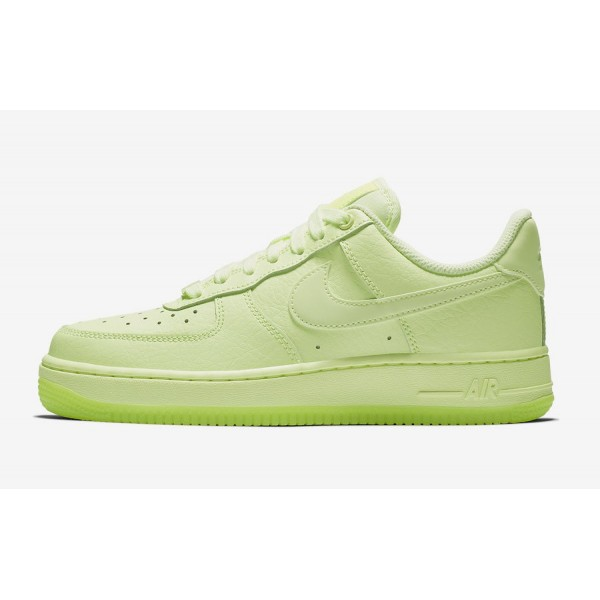 Nike Air Force 1 '07 Essential Barely Volt Chaussu...