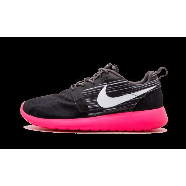 Homme Nike Roshe Run Hyperfuse Noir/Blanche/Cendre...