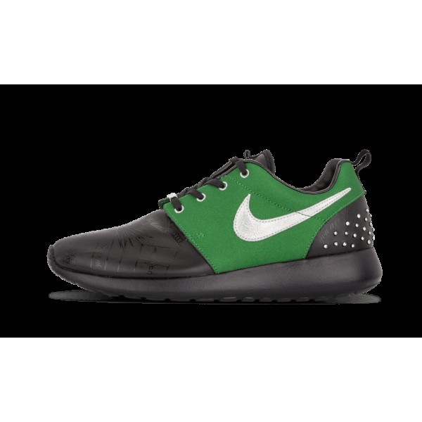 Nike Femme Rosherun DB Noir/Fortress Vert/Métalli...