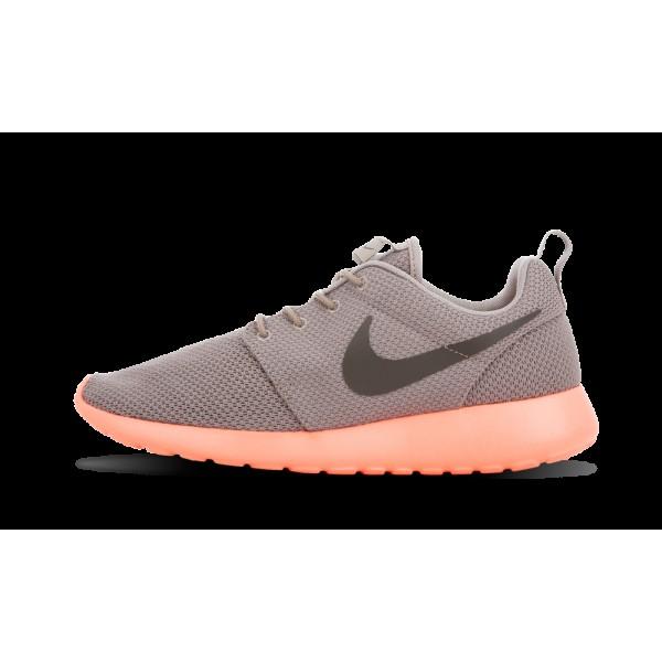 Nike Roshe Run Crimson Gris Calypso Yeezy Mint 511...