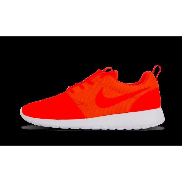 Nike Rosherun Orange Crimson Blanche Chaussures de...