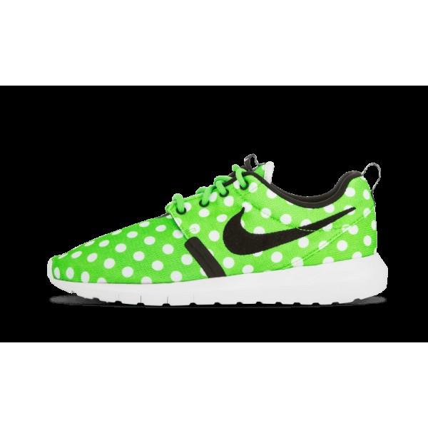 Nike Roshe NM QS Vert Strike/Noir/Blanche 810857-3...
