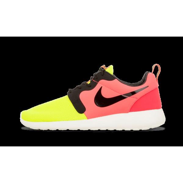 Nike Rosherun HYP PRM QS Volt/Noir/Hyper Punch 669...
