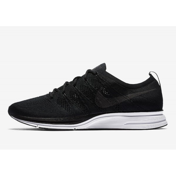 Nike Flyknit Trainer Noir Blanche Chaussures Homme...