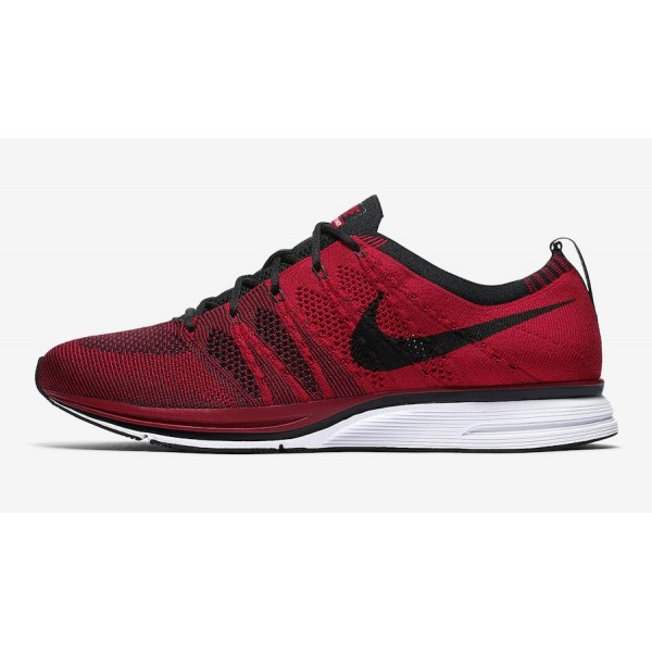 Nike Flyknit Trainer University Rouge Noir Chaussu...
