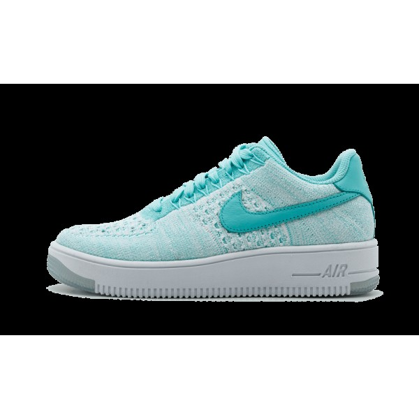 Chaussures de Femme Nike Air Force 1 Flyknit Low 8...